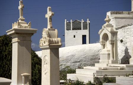 552-33-tinos-thfriedhof-450.jpg
