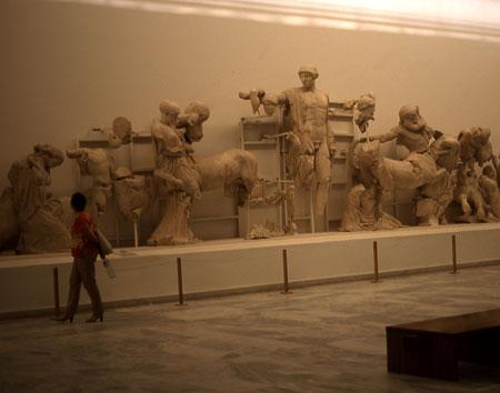 729-02-olympiamuseum-a450.jpg