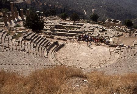 513-34-delphitheatera450.jpg