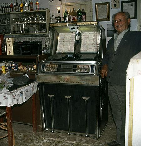 432-18-musicbox450