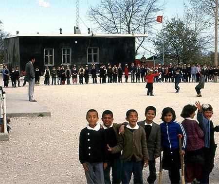 Uzuncaburc Schule