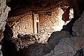 Lefkos Höhle