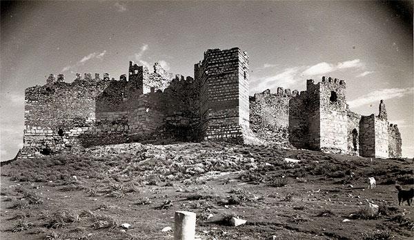 img853_600_Akropolis